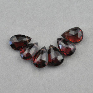 Granate, Brioletta Joyería Artesanal con gemas