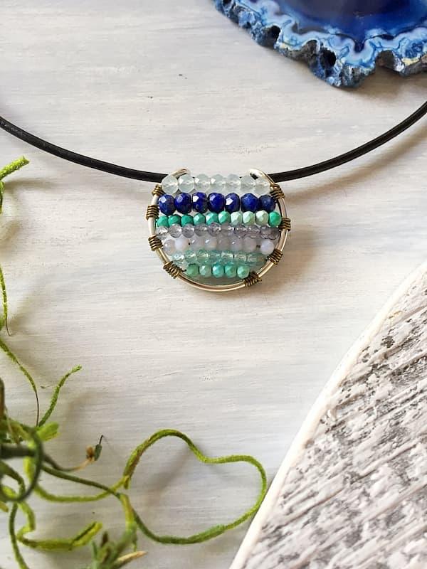 Dije elemento agua, Brioletta Joyería Artesanal con gemas