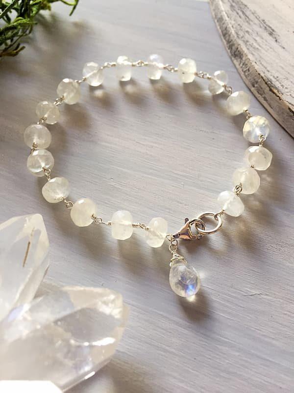 Pulsera Piedra Luna, Brioletta joyería artesanal con gemas